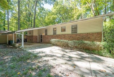 1689 Remington Road Chamblee GA 30341