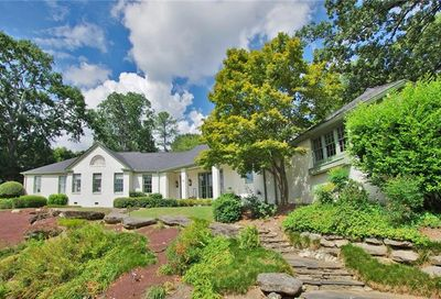 135 Little John Trail NE Atlanta GA 30309