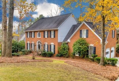 315 Highlands Trace Roswell GA 30075