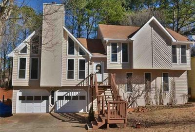 2511 Deer Isle Cove SW Lawrenceville GA 30044
