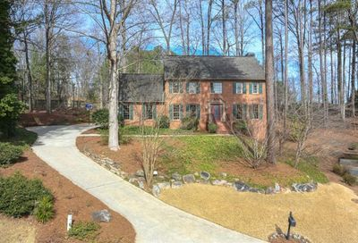 350 Highlands Trace Roswell GA 30075
