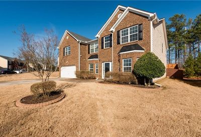421 Darkwater Court SW Atlanta GA 30331