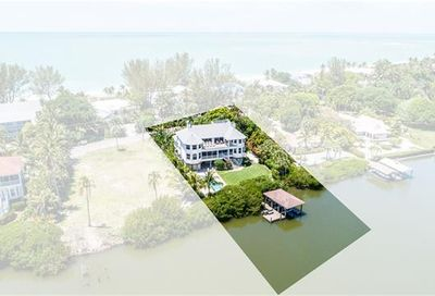 952 S Seas Plantation Rd Captiva FL 33924