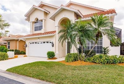 9556 Mariners Cove Ln Fort Myers FL 33919