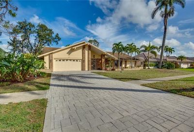 2408 Kings Lake Blvd Naples FL 34112
