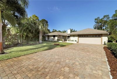 1749 Knights Way Naples FL 34112