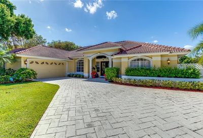 19 Catalpa Ct Fort Myers FL 33919