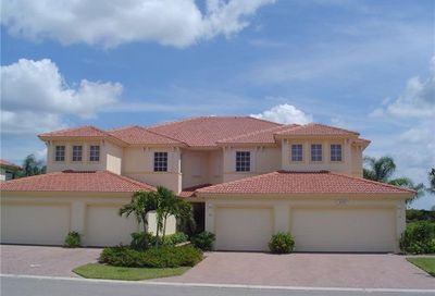 3071 Meandering Way 202 Fort Myers FL 33905