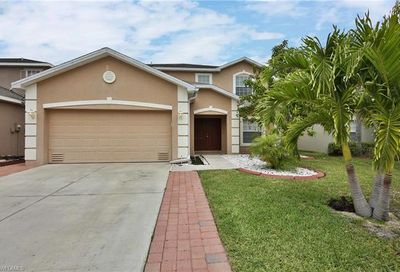 8888 Falcon Pointe Loop Fort Myers FL 33912