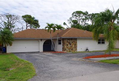 2255 Dover Ave Fort Myers FL 33907