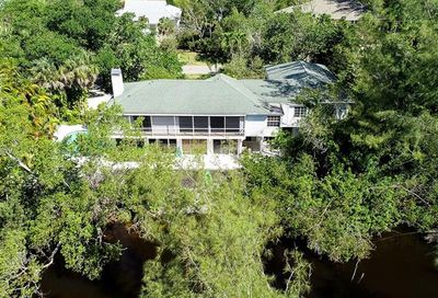 9446 Beverly Ln Sanibel FL 33957