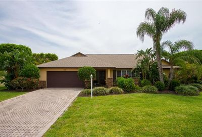 1270 Par View Dr Sanibel FL 33957