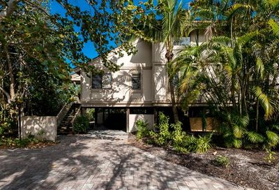 966 Greenwood Ct S Sanibel FL 33957
