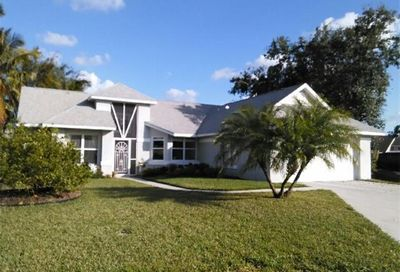 9080 Silver Palm Ct Fort Myers FL 33919