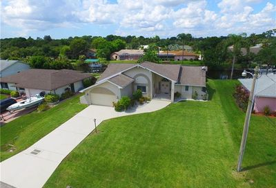 1931 Indian Creek Dr North Fort Myers FL 33917