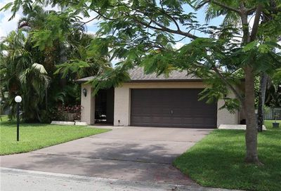 1462 Claret Ct Fort Myers FL 33919