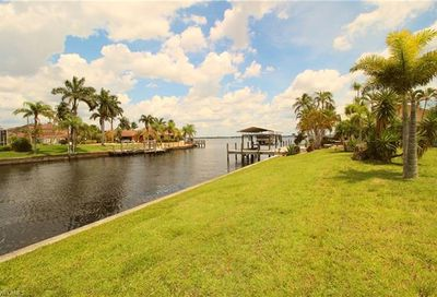 2739 SE 24th Ave Cape Coral FL 33904