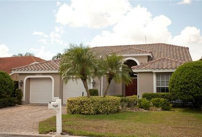 9420 Old Hickory Cir Fort Myers FL 33912
