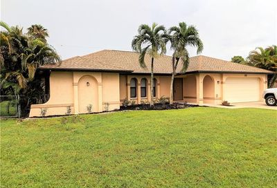 141 SE 27th Ter Cape Coral FL 33904