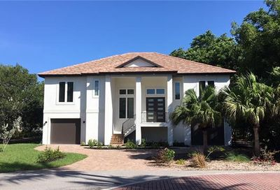 1304 Eagle Run Dr Sanibel FL 33957