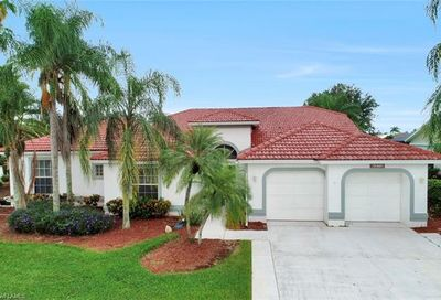 9270 Old Hickory Cir Fort Myers FL 33912