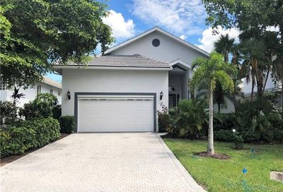 7214 Falcon Crest Ct Fort Myers FL 33908