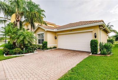 10494 Carolina Willow Dr Fort Myers FL 33913