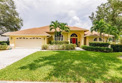 12 Winewood Ct Fort Myers FL 33919