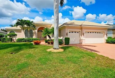 9140 Cherry Hill Ct Fort Myers FL 33908
