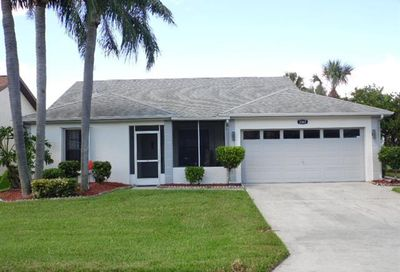 3367 Clubview Dr North Fort Myers FL 33917