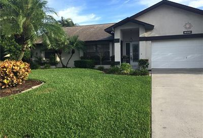 905 SW 22nd Ter Cape Coral FL 33991