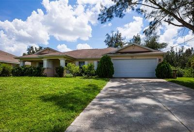 1716 SW 3rd St Cape Coral FL 33991