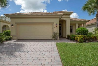 3470 Lakeview Isle Ct Fort Myers FL 33905