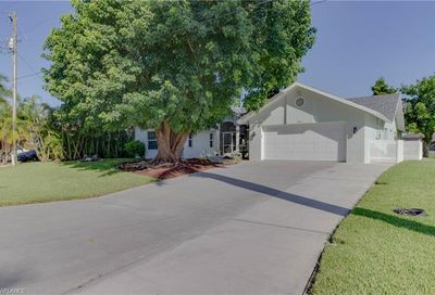 2411 SW 43rd St Cape Coral FL 33914