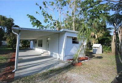 338 San Bernardino St North Fort Myers FL 33903