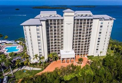 17080 Harbour Point Dr 814 Fort Myers FL 33908