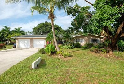 2425 Flora Ave Fort Myers FL 33907