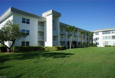 1724 Pine Valley Dr 214 Fort Myers FL 33907