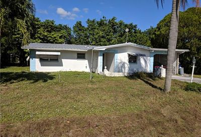 2231 Gorham Ave Fort Myers FL 33907