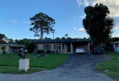 2114 Pineview Rd Fort Myers FL 33901