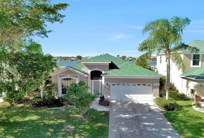 1702 Emerald Cove Dr Cape Coral FL 33991