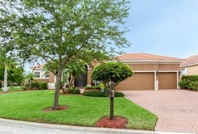 14022 Village Pond Dr Fort Myers FL 33908