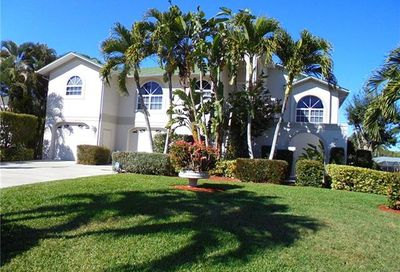 6296 Cocos Dr Fort Myers FL 33908