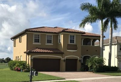 1690 Double Eagle Trl Naples FL 34120