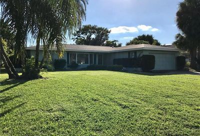 1456 Tanglewood Pky Fort Myers FL 33919