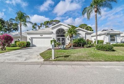 9470 Old Hickory Cir Fort Myers FL 33912