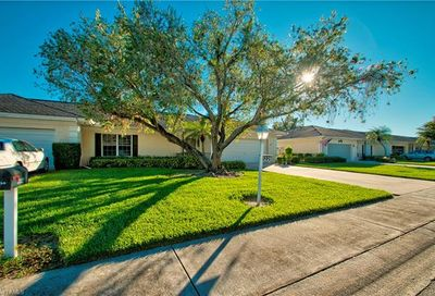 1226 Broadwater Dr Fort Myers FL 33919