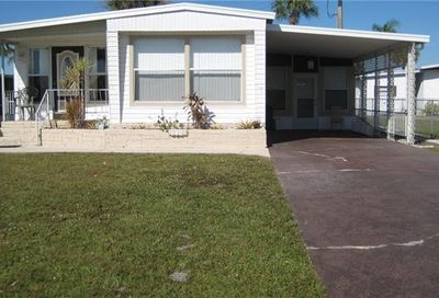 111 Chisholm Trl North Fort Myers FL 33917