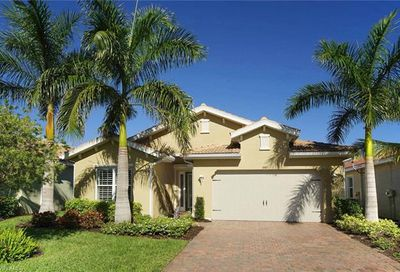 3885 King Williams St Fort Myers FL 33916