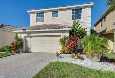 8729 Spring Mountain Way Fort Myers FL 33908